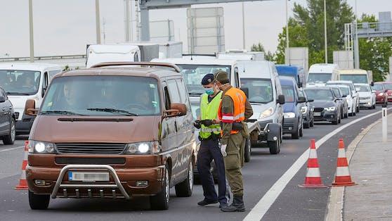 Grenzkontrollen in Nickelsdorf (Archivfoto)