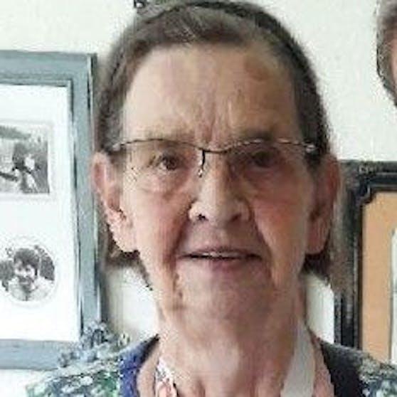 Sie ist aus einem Seniorenheim verschwunden und leidet an Demenz.