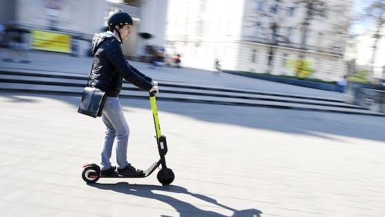 E-Scooter-Fahrer in Wien (Symbolbild)