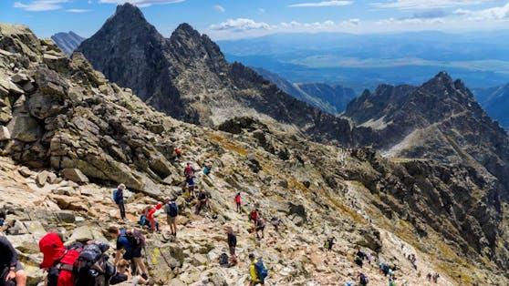 Eine Jugendgruppe verirrte sich in den Tiroler Bergen.