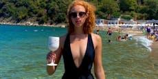 Becker-Tochter (21) haut Fans mit diesem Badeanzug um