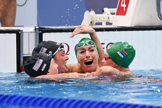 Tatjana Schoenmaker schwimmt Weltrekord.