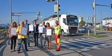 """Straßenaktion des Komitee """"Pro S34"""" in St. Pölten"""