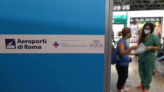 Die Preise schwanken je nach Region zwischen 20 Euro (Florenz, Pisa) und 50 Euro (Mailand) für einen Schnelltest.
