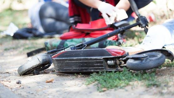 Am Freitagnachmittag wurde in Wien-Leopoldstadt ein 16-jähriger Fußgänger von einem E-Scooterfahrer umgefahren (Symbolbild).