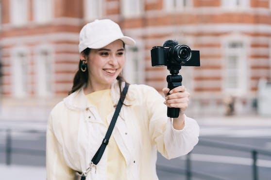 Sony stellt die Systemkamera ZV-E10 für Vlogger und Content Creator vor.