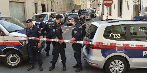 Die Polizei rückte zu 305 Frauenmorden aus.