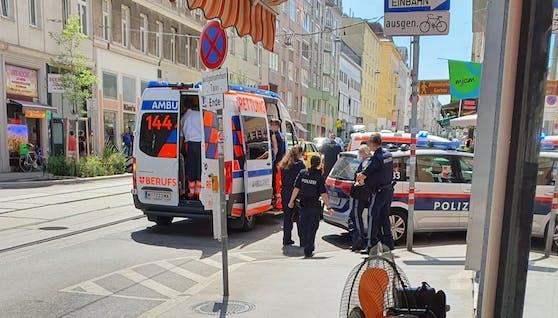 Die Rettung war vor Ort um den Mann zu reanimieren.