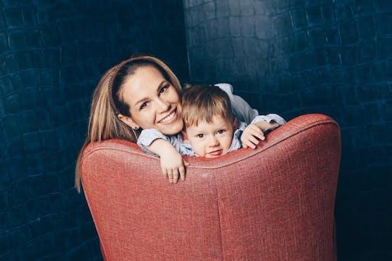 Claudia N. mit Sohn Paul
