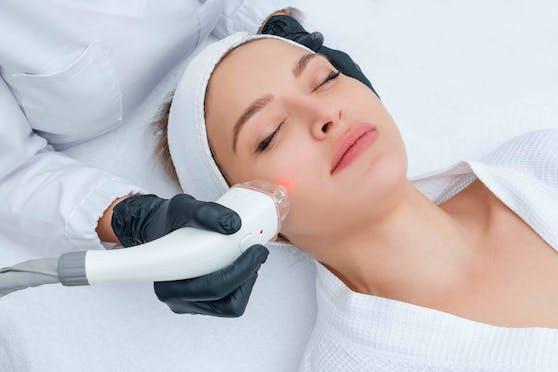 AYA Aesthetics ist Österreichs erstes Kompetenzzentrum für Laser- und minimalinvasive ästhetische Behandlungen.