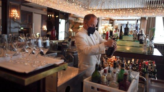 Eine Hotelbar in Wien