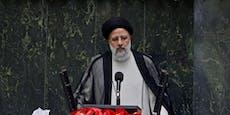 """""""Blutrichter"""" als neuer Präsident im Iran vereidigt"""