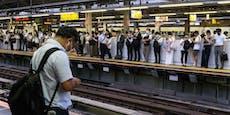 Messer-Mann sticht in S-Bahn auf zehn Passagiere ein