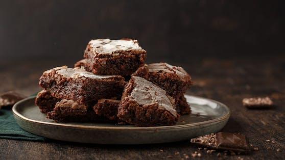 So einfach was das Brownie backen noch nie. Du brauchst nur DREI Zutaten.