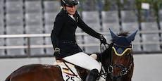 Tierquälerei! Olympia-Trainerin schlug Pferd mit Faust