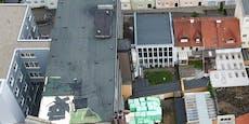 Sturm riss Loch in Spitalsdach - 6 Patienten verlegt