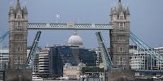 Tower Bridge klemmt – Verkehrschaos in London