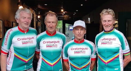 """Die Athleten des """"Crataegutt Seniors Racing Team"""""""
