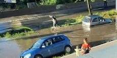 Wasserrohrbruch flutet Straße in der Donaustadt