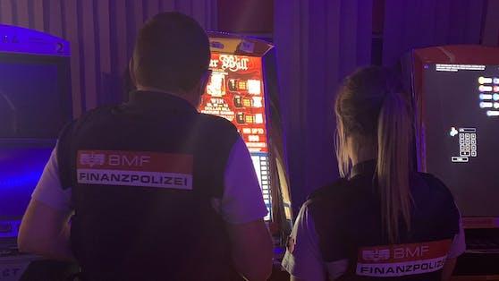 In Oberösterreich wurden 121 Geräte beschlagnahmt.