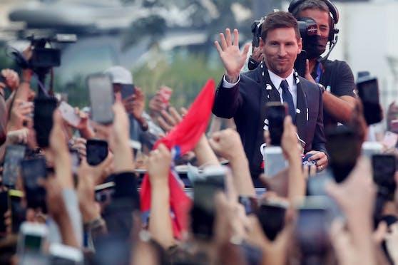 Lionel Messi wird von den Fans gefeiert
