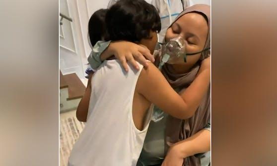 Die letzte Umarmung! Dieses kleine Instagram-Video entstand bevor die malayische Sängerin in Spital gebracht werden musste.