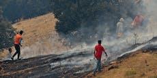 Mob hält Mann für Brandstifter und zündet ihn an