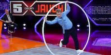 Schock  im Live-TV – Pocher knallt  bei Stunt zu Boden