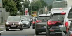 Wahl-Plakate der Grünen sorgen für Verkehrs-Chaos