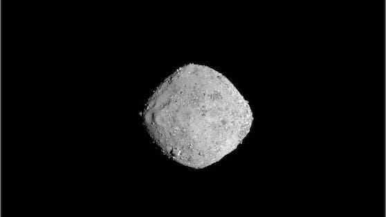 """Asteroid """"Bennu"""" kommt der Erde gefährlich nahe."""