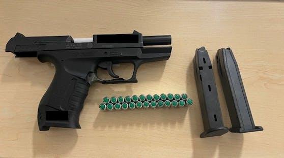 Die Polizei stellte die Waffe sicher.