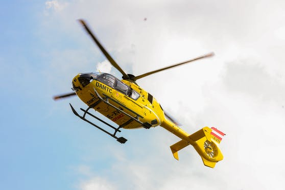 Der Mann wurde ins Spital Krems geflogen.