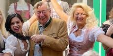 Richard Lugners Damen streiten wegen DIESEM Foto