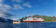 Umweltfreundliches Kreuzfahrtschiff stach in See