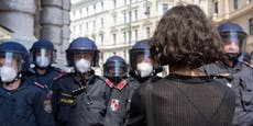 Polizei verärgert – jetzt Ruf nach Corona-Bonus