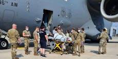 Baby bei Evakuierung geboren – Name von Militärflieger