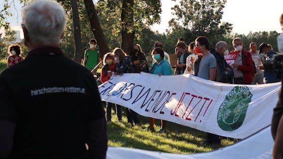 """Klimaaktivisten haben in der Donaustadt ein """"Camp für die Lobau"""" errichtet"""