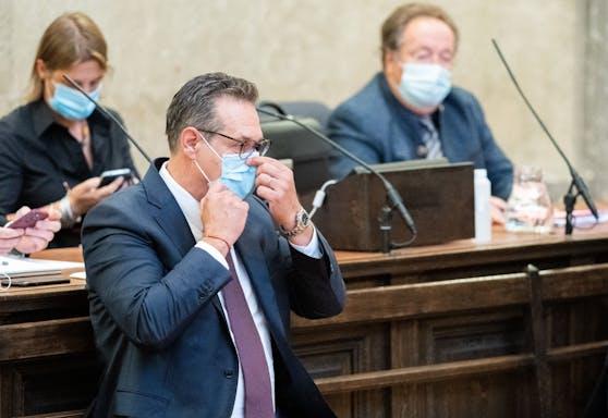 Ex-FPÖ-Obmann Heinz-Christian Strache am Freitag, 27. August 2021, vor Prozessbeginn im großen Schwurgerichtssaal im Landesgericht Wien.