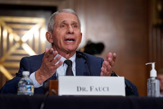 Fauci spricht sich für eine Impfpflicht für Schulkinder aus.