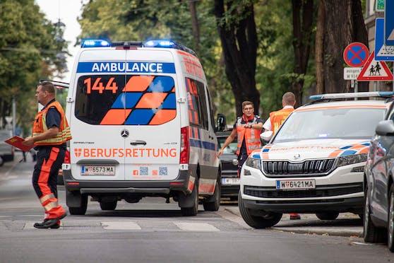 Die Berufsrettung Wien versorgte die verletzten Unfallopfer. (Symbolbild)
