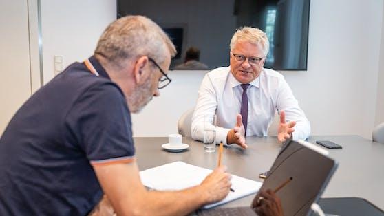 """Der Linzer Bürgermeister Klaus Luger im Gespräch mit """"Heute""""."""