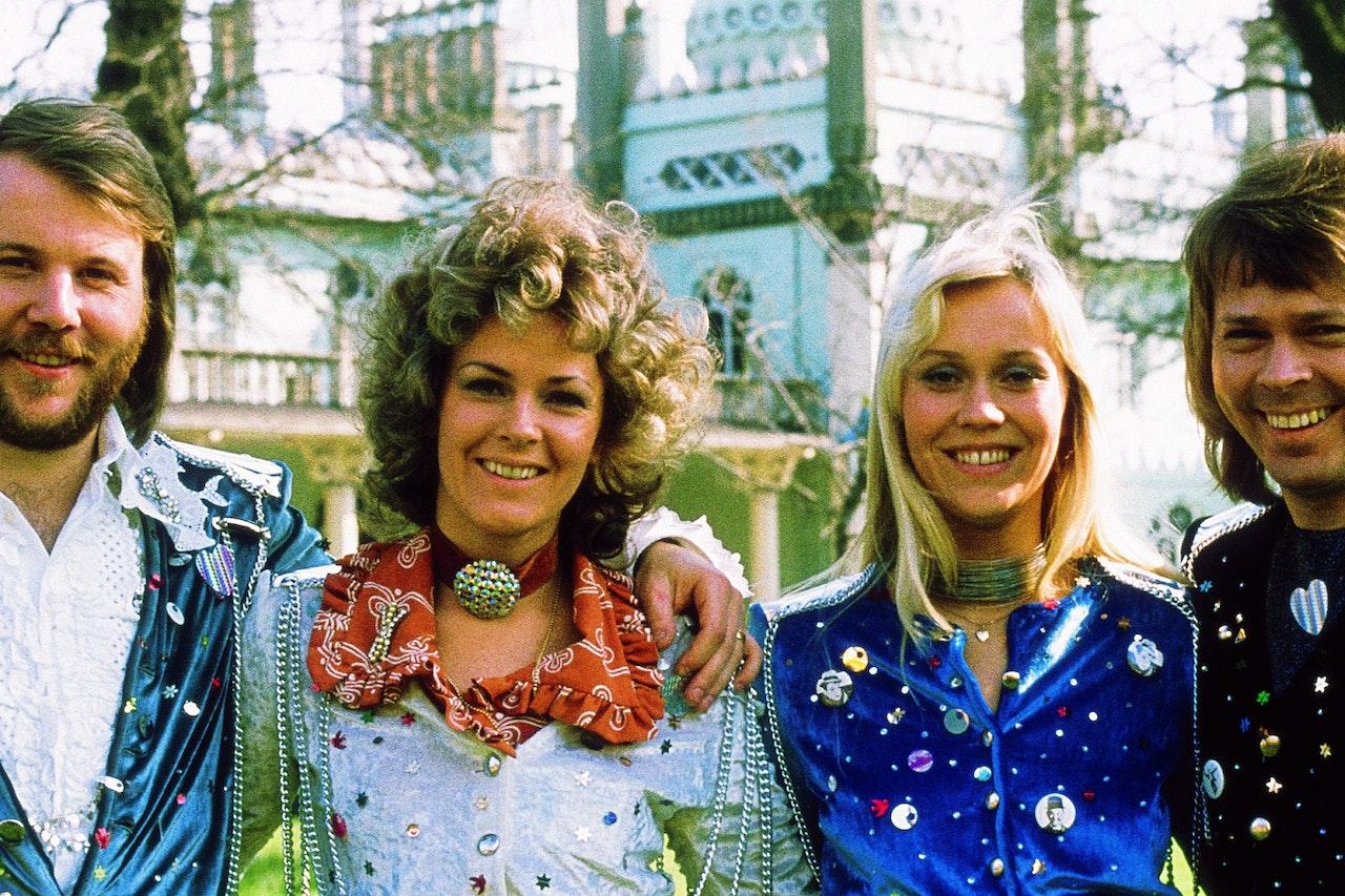 Sieht so das Live Comeback von ABBA aus   Szene   heute.at