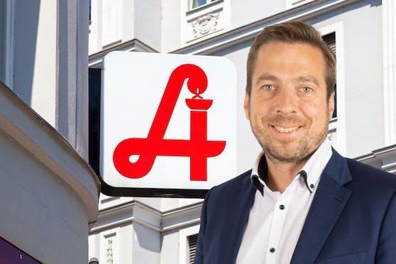 Der Freiheitliche Otzelberger mit Apotheke (Symbol) im Hintergrund.