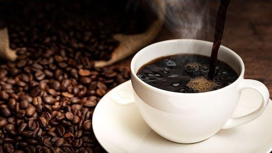 Schlechte Nachrichten für Kaffee-Junkies: Die schwarze Bohne wird teurer!