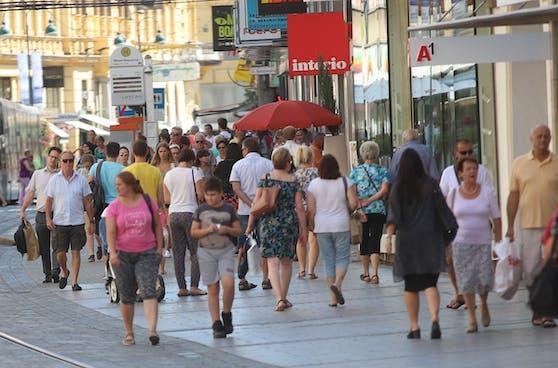 Aktuell ist die 7-Tages-Inzidenz inWels (Stadt) mit 260,2 am höchsten.