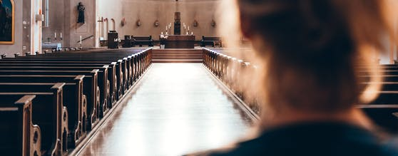 Einen glücklichen Fund machte eine Frau in einer Klagenfurter Kirche (Symbolfoto).