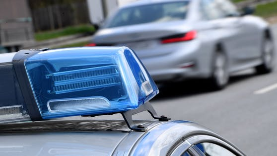 Ein 24-jähriger Weizer lieferte sich mit der Polizei ein Versteckspiel.