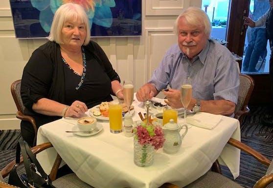Gewinnerin Marianne S. und Gatte Erwin beim Frühstück im Hotel Imperial in Wien.