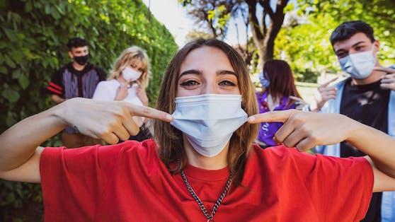 Das Coronavirus grassiert derzeit vor allem unter Kinder, Jugendlichen und jungen Erwachsenen.