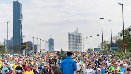 Rund 25.000 Läufer nehmen beim Vienna City Marathon teil.